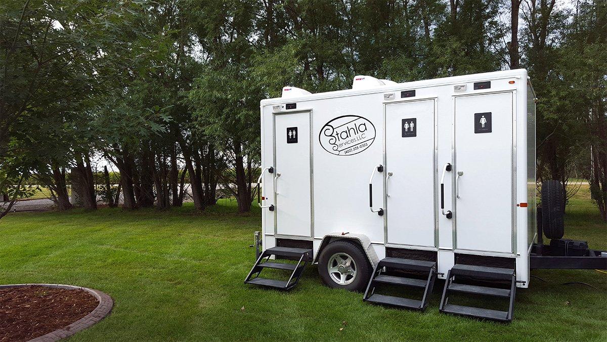Shower and Restroom Trailer Rentals restroomTrailers - Omaha