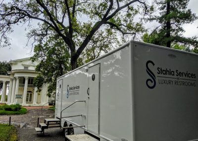 Shower and Restroom Trailer Rentals 10SRTExterior 1 400x284 - 10 Station Restroom Trailer