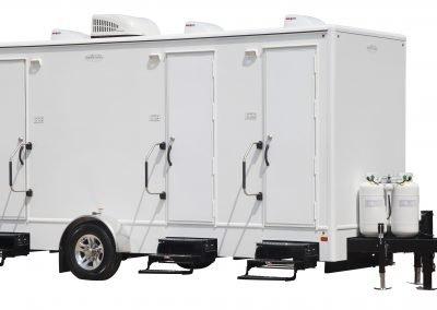 Shower and Restroom Trailer Rentals 18 3 Combo Tan Spa Exterior 1 400x284 - 3 Station Shower Trailer