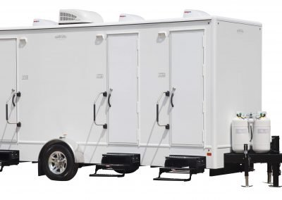 Shower and Restroom Trailer Rentals 18 3 Combo Tan Spa Exterior 400x284 - 10 Station Restroom Trailer